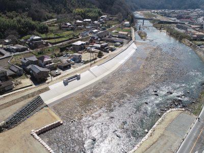 芦田川父石護岸外工事 / 2019-03-29